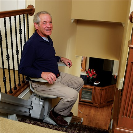 LA Stair Lift Technician Kane Garcia Stairchair Lifts in Los Angeles ca